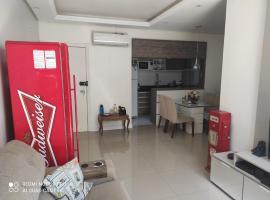 Lindo apartamento térreo 700mts Park Shopping Canoas, pet-friendly hotel in Canoas