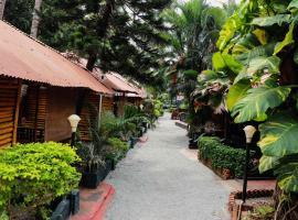 Kerala Bamboo house, hotel in Varkala