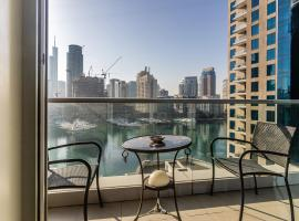 Desert City Stays - Marina 3 Bed, hotel near The Walk at JBR, Dubai
