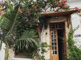 Frida Casa y Hostel, homestay in Pelotas