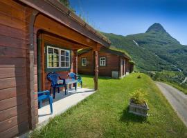 Westerås Gard, farm stay in Geiranger