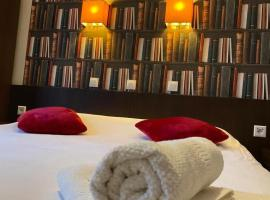 Logis Hostellerie De L'Abbaye, hotel near Barbaroux Golf Course, Le Thoronet