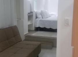 Excelente CASA COM GARAGEM E 3 QUARTOS PRAIA DOS ANJOS, self catering accommodation in Arraial do Cabo