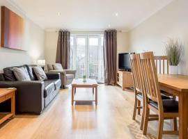 Modern 2 bed apartment at Imperial Court, Newbury, apartment in Newbury