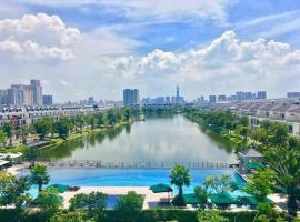 Cozy Studio With Swimming Pool - Lakeview City Novaland, hotel in Ho Chi Minh City