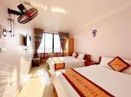 Gia Hiếu Hotel, hotel in Sơn Ðình