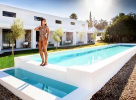 Karoo Retreat- Self Catering Villas and Bed & Breakfast, hotel in Oudtshoorn