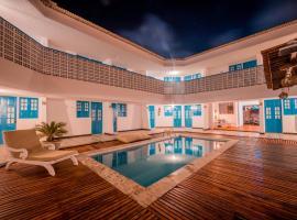 Pousada Santorini, hotel with pools in Porto De Galinhas