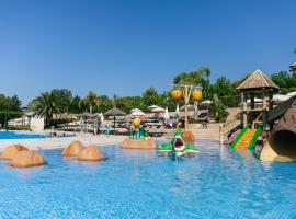 Camping Tucan - Mobile Homes by Lifestyle Holidays, hotel in Lloret de Mar