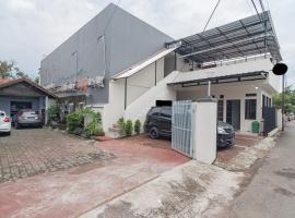 RedDoorz Syariah near Stasiun Cianjur, hotel di Cianjur