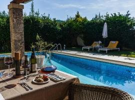 Restia Suites Exclusive Resort -Adults Only, hotel en Almiros Beach