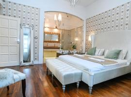 King Street Luxury Premium Apartment Gym & Spa, hotel with jacuzzis in Budapest