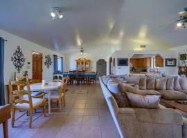 Kick Back Corral, villa in Phoenix
