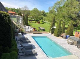 Hof Van Volmersele - Luxury B&B, hotel in Kampenhout
