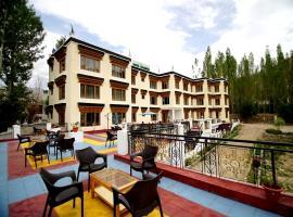 Hotel Khakshal Chubi, hotel in Leh