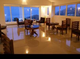 Vista Suites Mountain View, hotel in Ooty