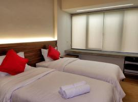 Guest House 555, hotel in Duku