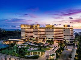 Pullman Phu Quoc Beach Resort, hotel in Phú Quốc