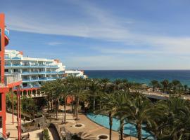 R2 Hotel Pajara Beach, hotel in Costa Calma