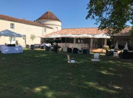 Le Logis du Péré, hôtel à Saint-Coutant-le-Grand