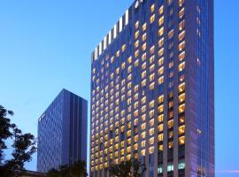 DoubleTree by Hilton Hangzhou East, hotel near Hangzhou Xiaoshan International Airport - HGH, Hangzhou