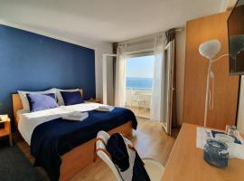 Beach Rooms Split, budget hotel in Podstrana