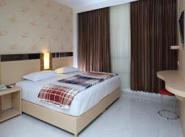 Hotel Dewarna Sutoyo Malang, hotel near Abdul Rachman Saleh Airport - MLG, Malang