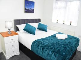 Elegant & Bright Flat in the heart of Birmingham!!, pet-friendly hotel in Birmingham