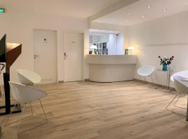 Hotel Francais, hotel near Luxembourg Airport - LUX, Luxembourg