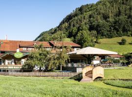 Hotel Jägerhof, hotel in Oetz