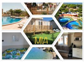 Mobile Home MIA au MAR ESTANG de Canet-en-Roussillon, hotel with jacuzzis in Canet-en-Roussillon