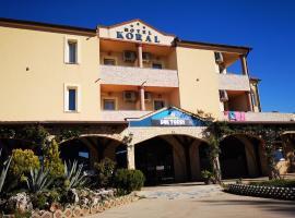 Hotel Koral, hotel in Medulin