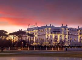 Grand Hotel Rimini, отель в Римини