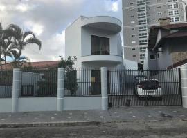 APARTAMENTO 40 MTS PRAIA, apartment in Itajaí