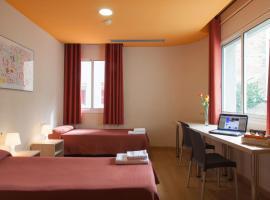 Residència Erasmus Gracia, hotel in Barcelona