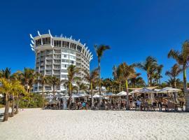 Bellwether Beach Resort, hotel in St. Pete Beach