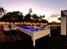 Che Suites Playa, hotel en Playa del Carmen