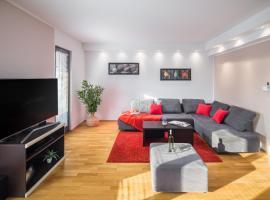 Urban Premium Apartments, hotel near Žatika Sport Centre, Poreč