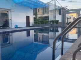 Phat Power Hotel, отель в Сиануквиле
