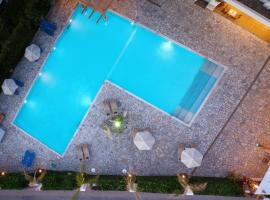 Oasis Beach Hotel, hotel in Hersonissos