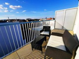 Rooftop Apartment Vienna City Center - free parking!, accessible hotel in Vienna