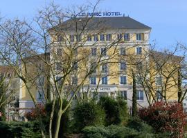 Plessis Parc Hôtel, hotel near Saint-Rémy-lès-Chevreuse RER Station, Le Plessis-Robinson