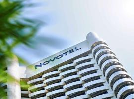 Novotel Kuala Lumpur City Centre, hotel near Dinner In The Sky Malaysia, Kuala Lumpur