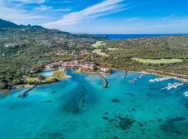Hotel Cala di Volpe, a Luxury Collection Hotel, Costa Smeralda, beach hotel in Porto Cervo
