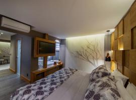Wood Hotel – Casa da Montanha, hotel near Serra Park, Gramado