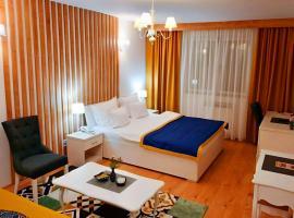 Hotel Jet Set, hotel na Palama