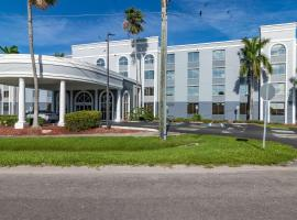 Best Western Fort Myers Inn and Suites, hotel near Southwest Florida International Airport - RSW, Fort Myers