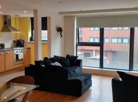 Spacious Apartment with Allocated Parking, apartment in Birmingham
