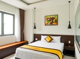 A Villa Hotel, hotel near Tan Son Nhat International Airport - SGN, Ho Chi Minh City