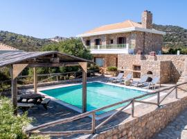Alantha Villa, hotel with pools in Agios Nikolaos